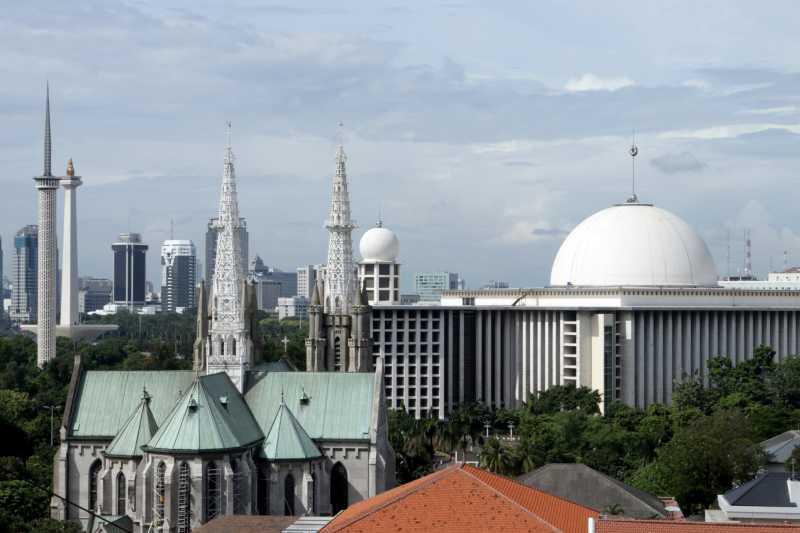 Cerita Harmonis Masjid Istiqlal dan Gereja Katedral Sejak Tahun 1960