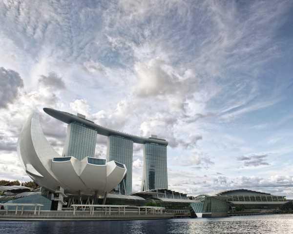 Sensasi Bermalam Penuh Kemewahan di Marina Bay Sands Hotel, Singapura