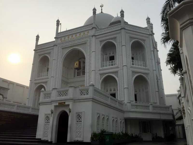 Berkunjung ke Masjid Taj Mahal ala Indonesia