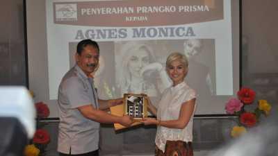 Agnez Mo jadi Brand Ambassador PT Pos Indonesia