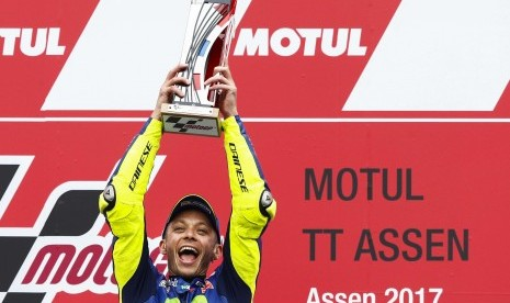 Akan Membalap dengan Kaki Patah, Rossi: Terasa Sakit Sedikit