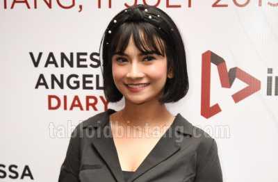Foto Bareng, Vanessa Angel Blak-blakan Ungkap Keinginan Meniru Raffi Ahmad
