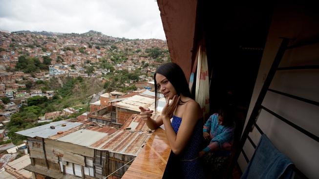 Panjat Sosial Lewat Kontes Kecantikan di Venezuela