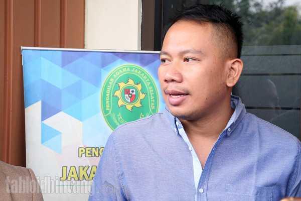 Vicky Prasetyo Janji Stop Cari Sensasi dengan Gosip Settingan