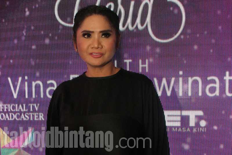 Vina Panduwinata Kagumi Pernikahan Kahiyang Ayu - Bobby Nasution