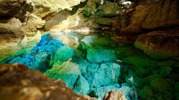 Gua Kristal di Kupang, Airnya Sebening Kristal