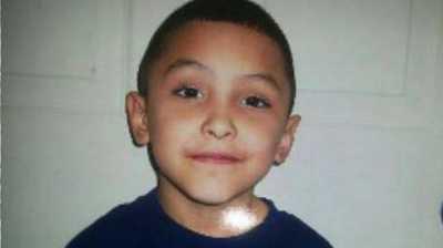 Ibu Kandung dan Pacarnya Bunuh Bocah 8 Tahun karena Diduga Gay