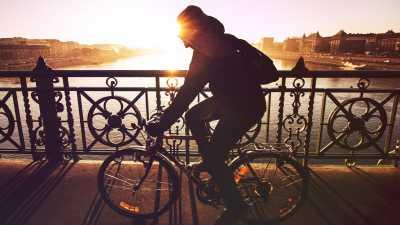 7 Tempat di Jakarta yang Cocok untuk Bersepeda di Akhir Pekan
