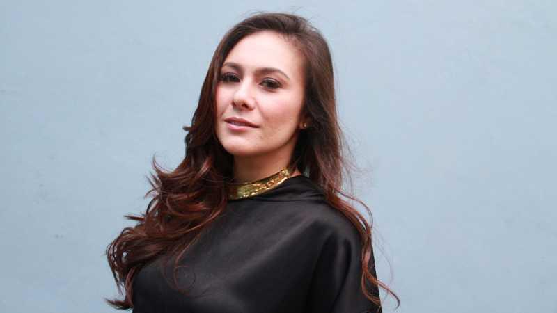 Wulan Guritno Tak Pernah Diprotes Suami Pasang Foto Seksi di Instagram