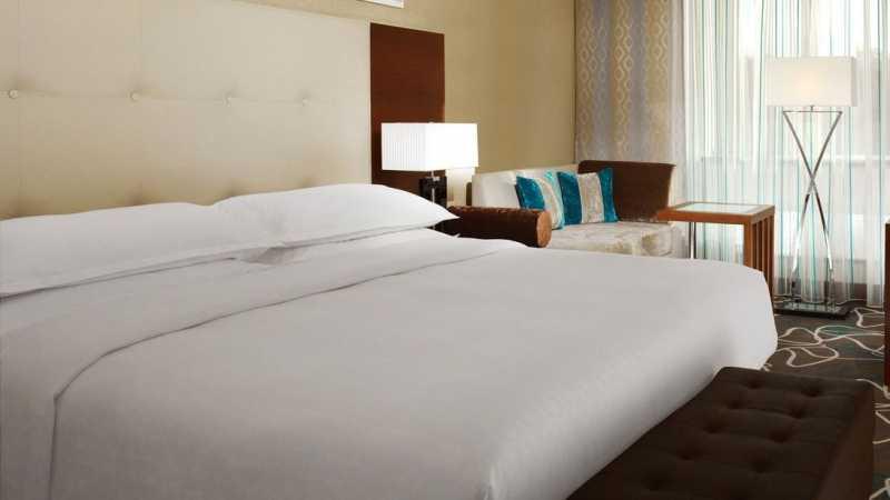 WiFi Jadi Hal yang Paling Dibutuhkan Traveler saat Menginap di Hotel