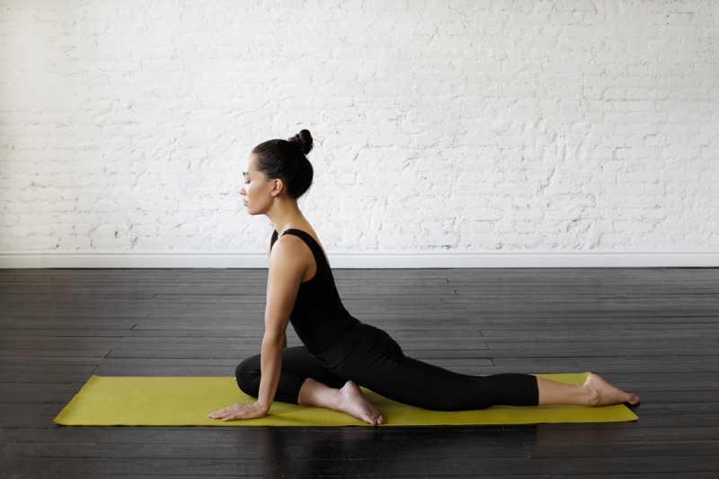 5 Pose Yoga yang Dapat Membantu Meredakan Nyeri Punggung