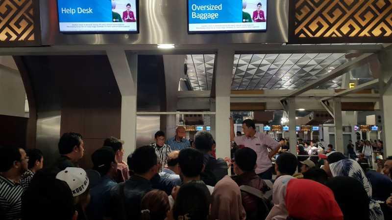 Garuda Indonesia Minta Maaf Atas Keterlambatan Penerbangan