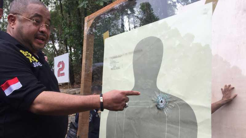 Polri Uji Coba Senjata Glock 17 dengan Jarak 298 Meter