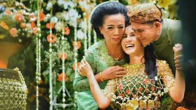 Ayah Momo 'Geisha' Meninggal Dunia di Riau